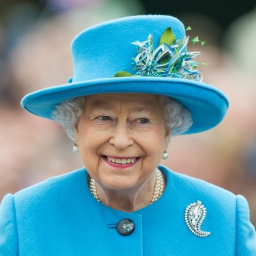 Queen Elizabeth once hid in bushes to avoid a guest