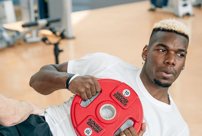 Paul Pogba provides fresh Manchester United fitness update