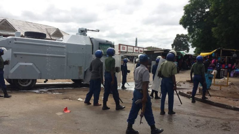 Watch: Masvingo Police Use Water Cannons To Disperse MDC Members Gathered For Sikhala's Trial