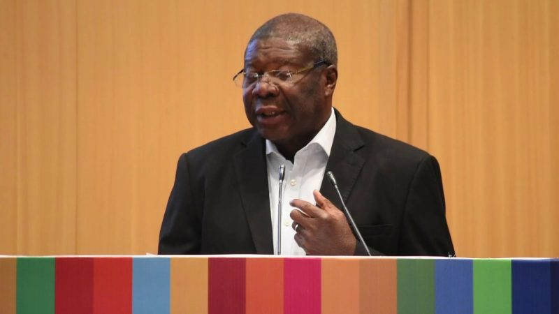 AU Calls For Immediate Removal Of Zim Sanctions