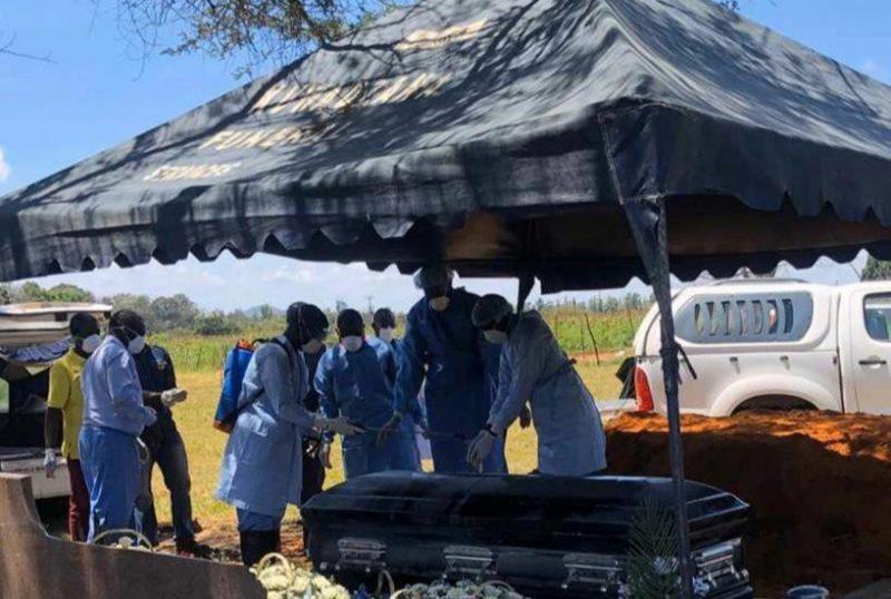 Zororo Makamba Laid To Rest