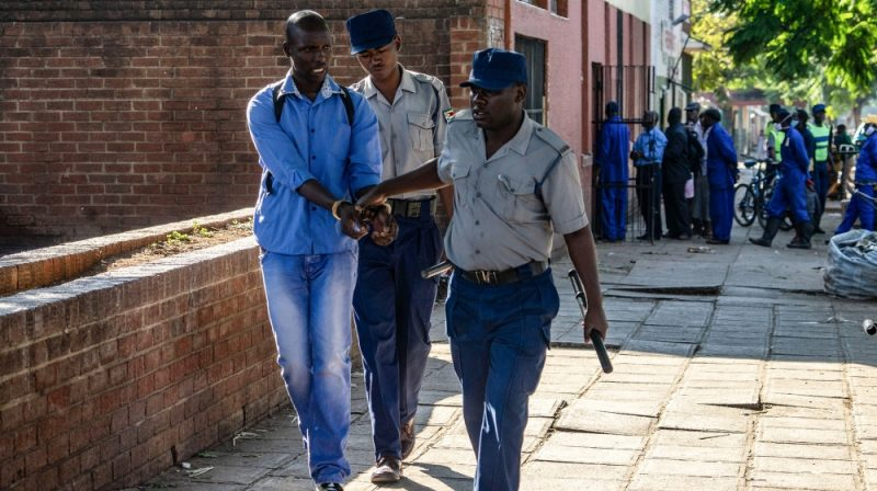 Anxiety Over Rights Violations As Zimbabwe Enforces Lockdown