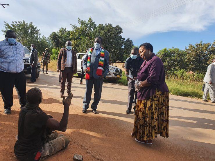WATCH: Mnangagwa Pleased With Lockdown As He Tours Norton, Chegutu, Kadoma, Kwekwe