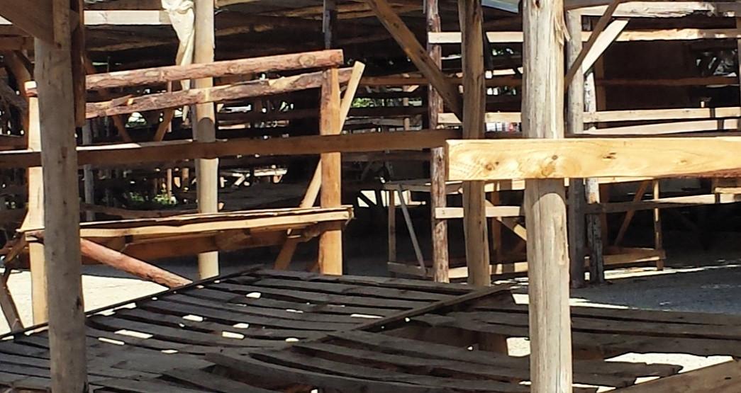 Mutare City Council Destroys Market Stalls In CBD