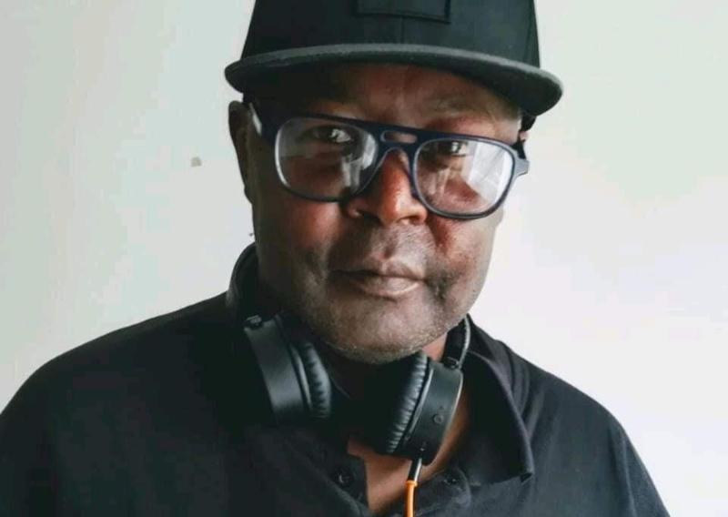 Veteran Radio DJ Peter Johns dies