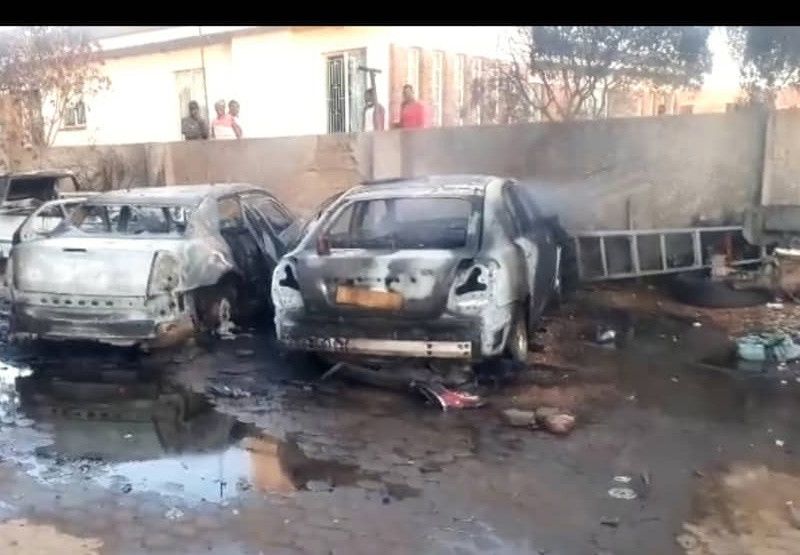 Prominent Kwekwe Businessman Loses 4 Cars In Inferno