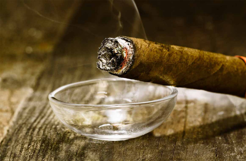 Two Zimbabwean cigarette smugglers busted in South Africa
