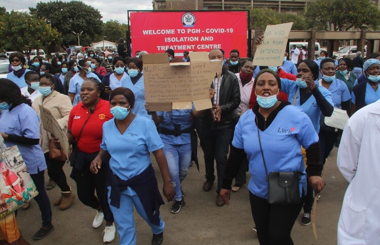 Striking nurses blast arrests on colleagues, vow to persist with job action