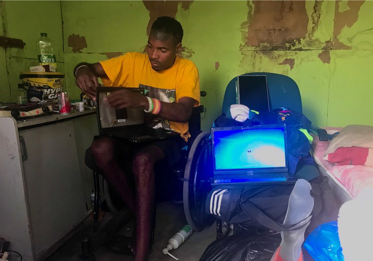 Covid-19: Zim Born SA Asylum Seeker With Spinal Injury Faces Eviction From His Shack