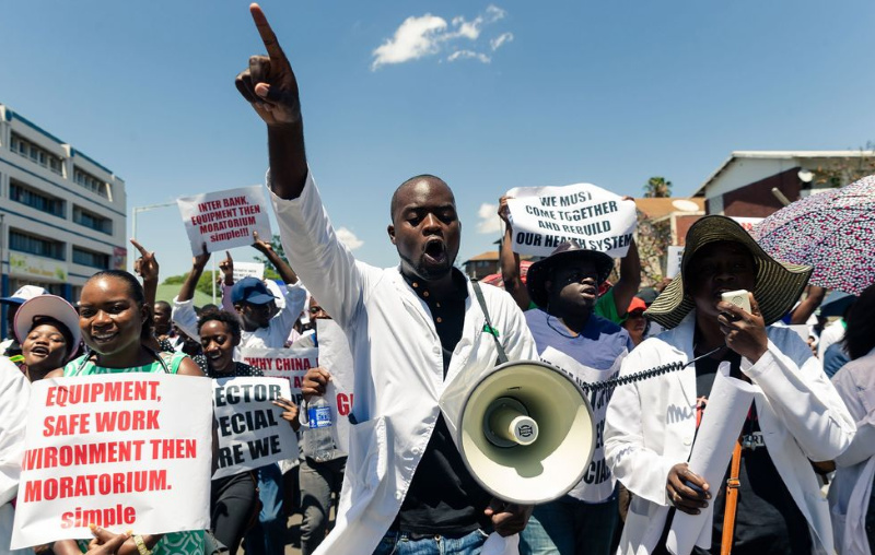 Zim health situation in distress after doctors, nurses down tools