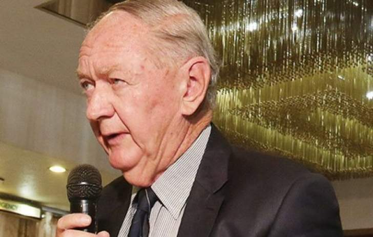 Zim move to pay civil servants US$75 allowances 'crazy' – Eddie Cross