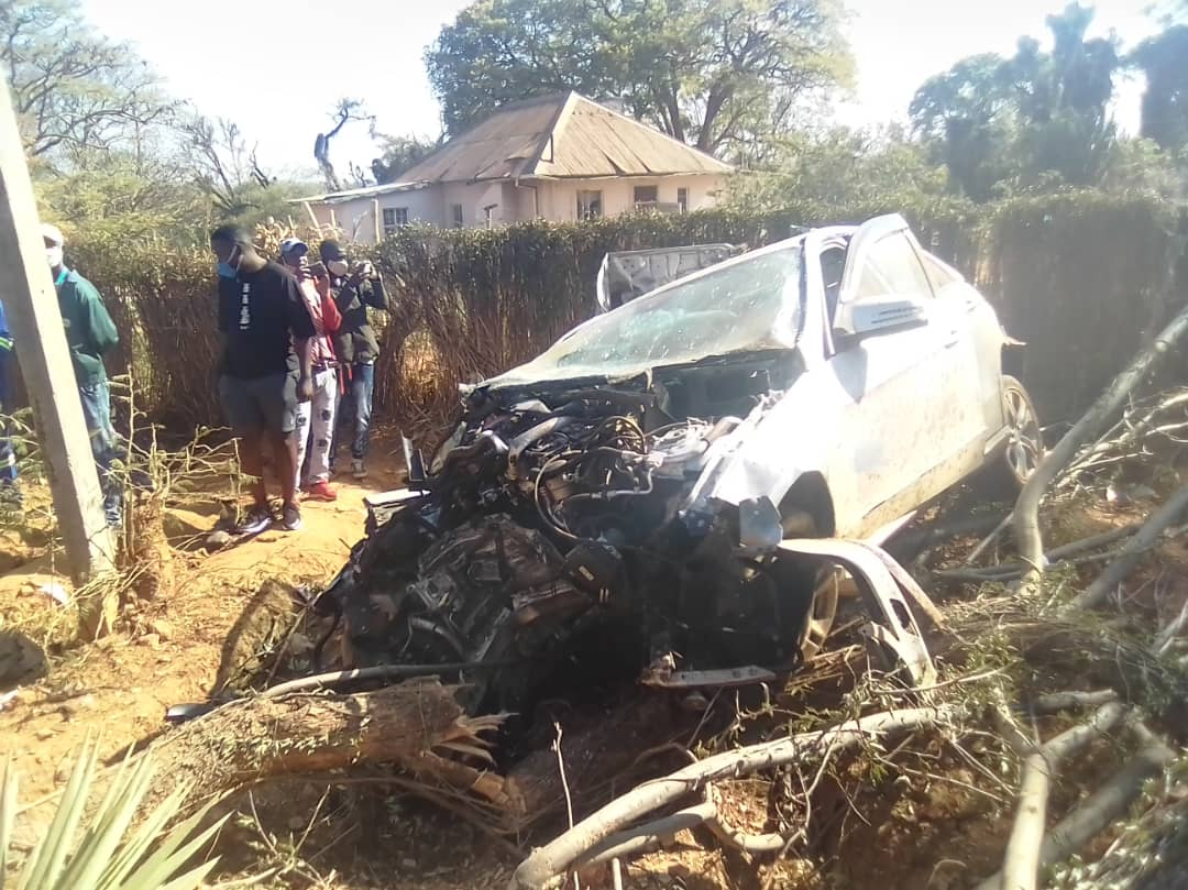 LATEST: Beer binge ends in tragedy as Chinhoyi woman dies in horror crash