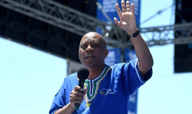 Ban, Freeze SA Assets Of Zanu PF Politicians – Ex-Joburg Mayor