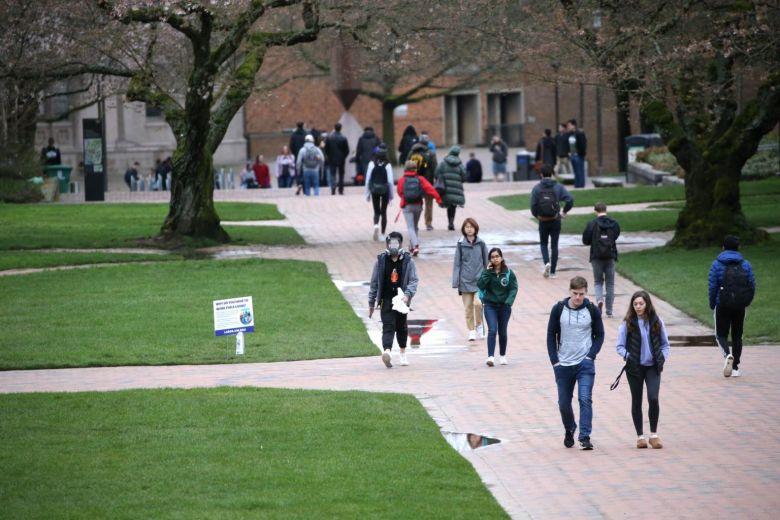 US Colleges Receive More Zim Students