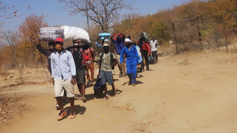 Border Closures Boost Illegal Crossing Into SA