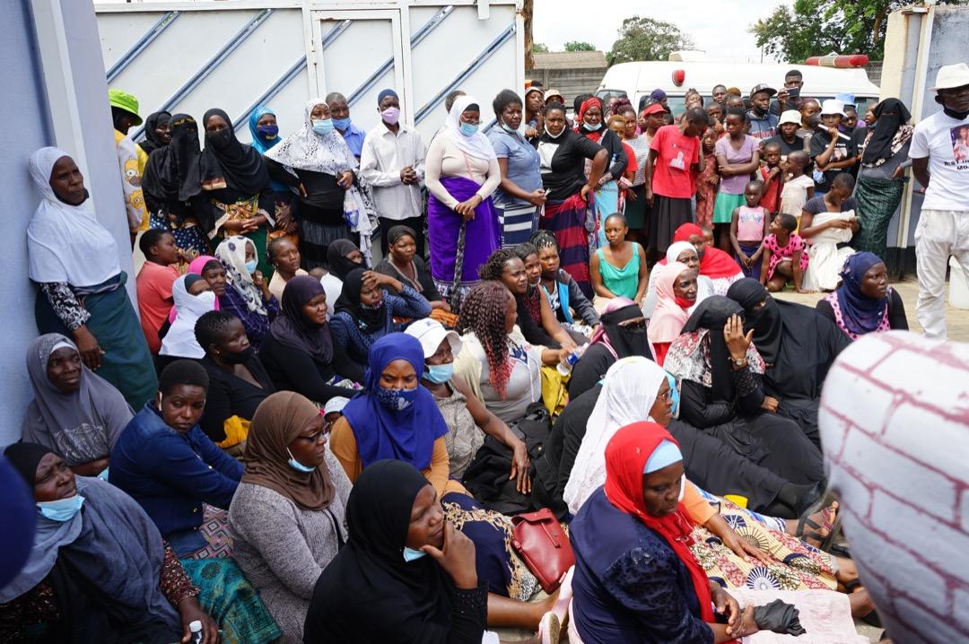 Mourners defy Covid-19 regulations to bury Moana