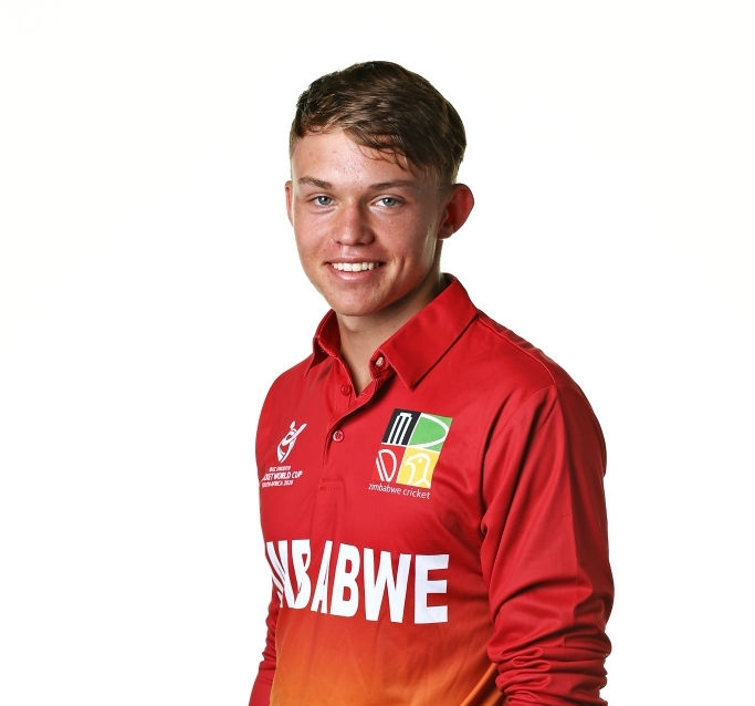 English Side Nottinghamshire Sign Zim Under-19 Starlet Dane Schadendorf