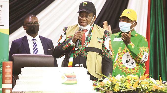 Covid-19: Zanu PF, MDC-T Blamed For New Year Gatherings