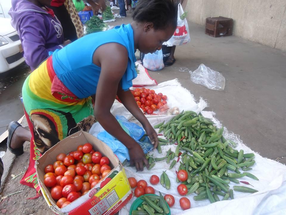Bulawayo Traders Sneak Back To CBD Vending Spots
