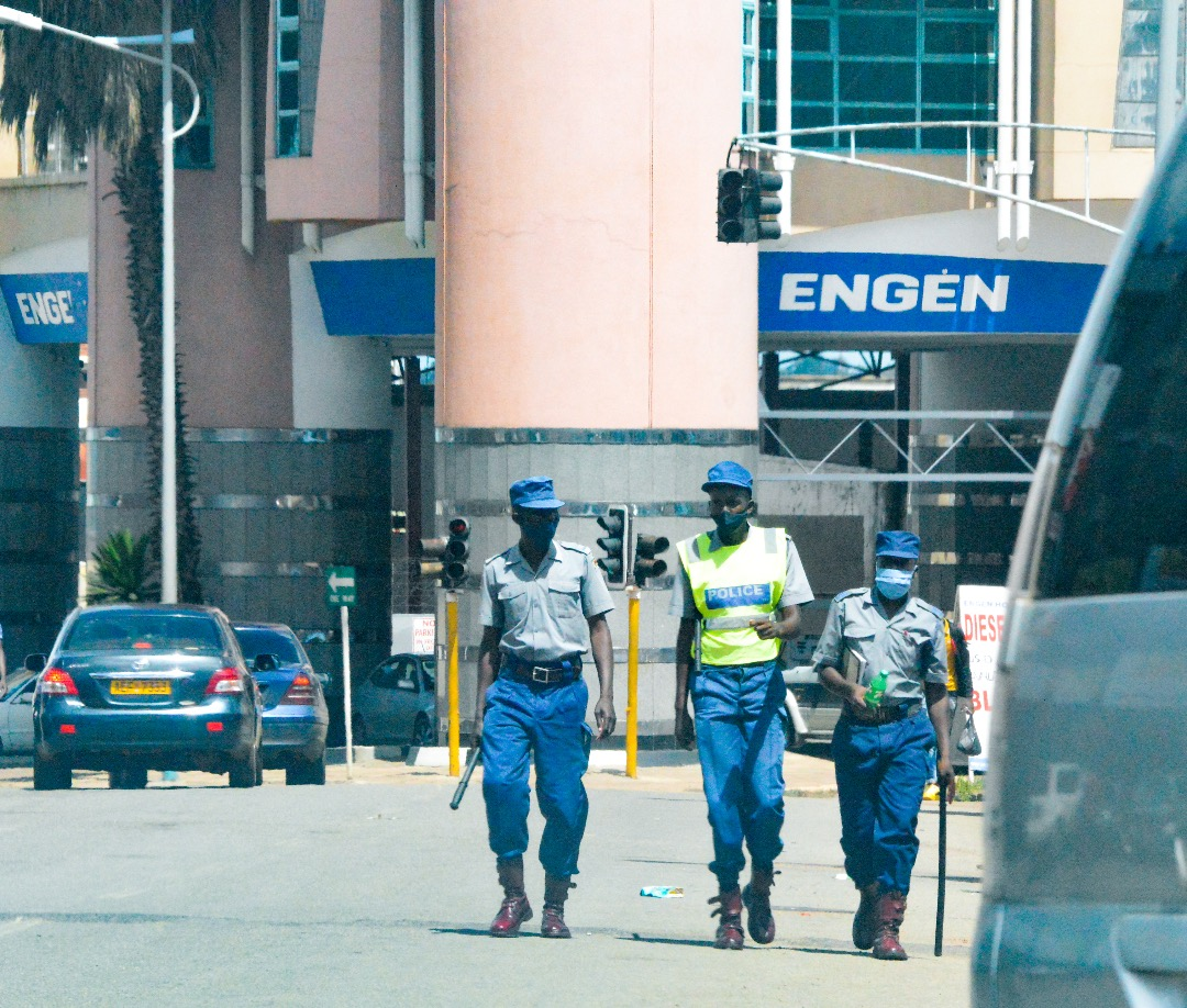 IN PICTURES: Police Officers Enforcing Lockdown Regulations