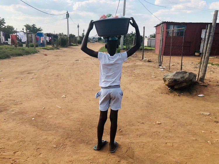 Covid-19 Drives SA- Based Zim Kids To Street Vendors