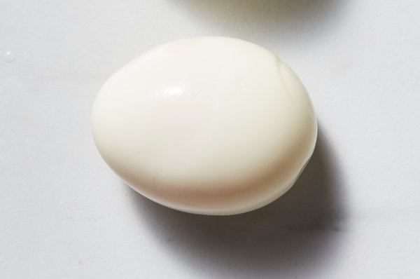 """Woman Arrested After Shoving Hot Egg In Niece's Mouth For """"Illegally"""" Eating Lunch"""