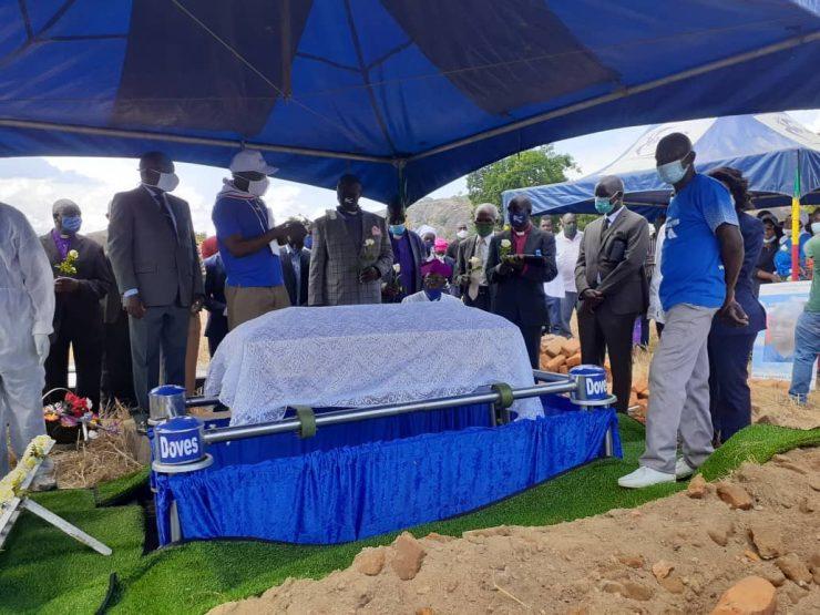 Tapiwa Makore's Burial Unites Zanu PF, MDC Alliance Politicians