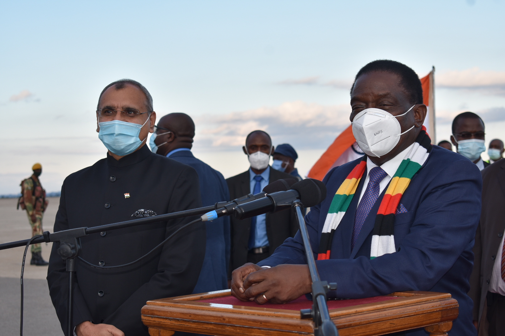 ED Hails 'Genuine Gift' As Zim Receives 35 000 Covid-19 Doses From India