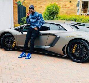 Nakamba Shows Off Sleek US$400 000 Lamborghini Aventador