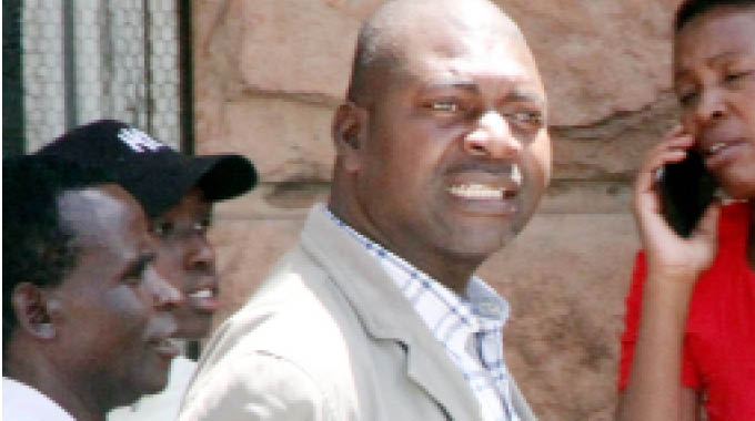 MDC Alliance Youths 'Fire' Byo Chair Over Mwonzora Links