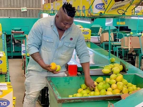 The Man Connecting Zim's Resurgent Horticulturalists With Export Market