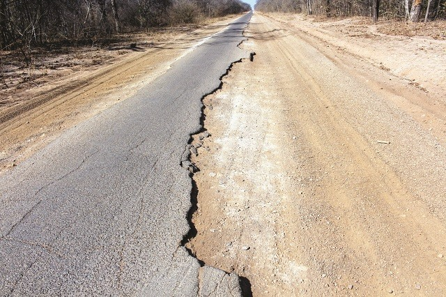 Govt Admits State Of Zim Roads, Bridges Deplorable