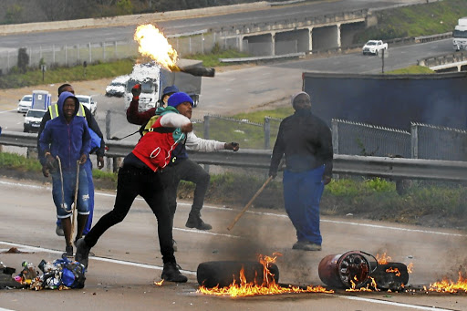 Zimbabwe Reels From SA Violence