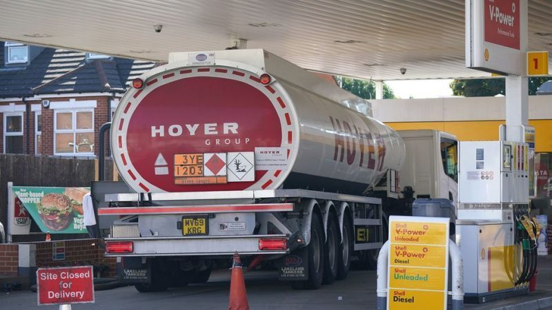 UK Fuel Shortage: Fight Breaks Out At Fuel Station As Violence Erupts