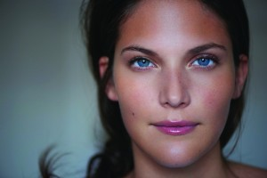Beauty - Brunette Model - Straight to Camera