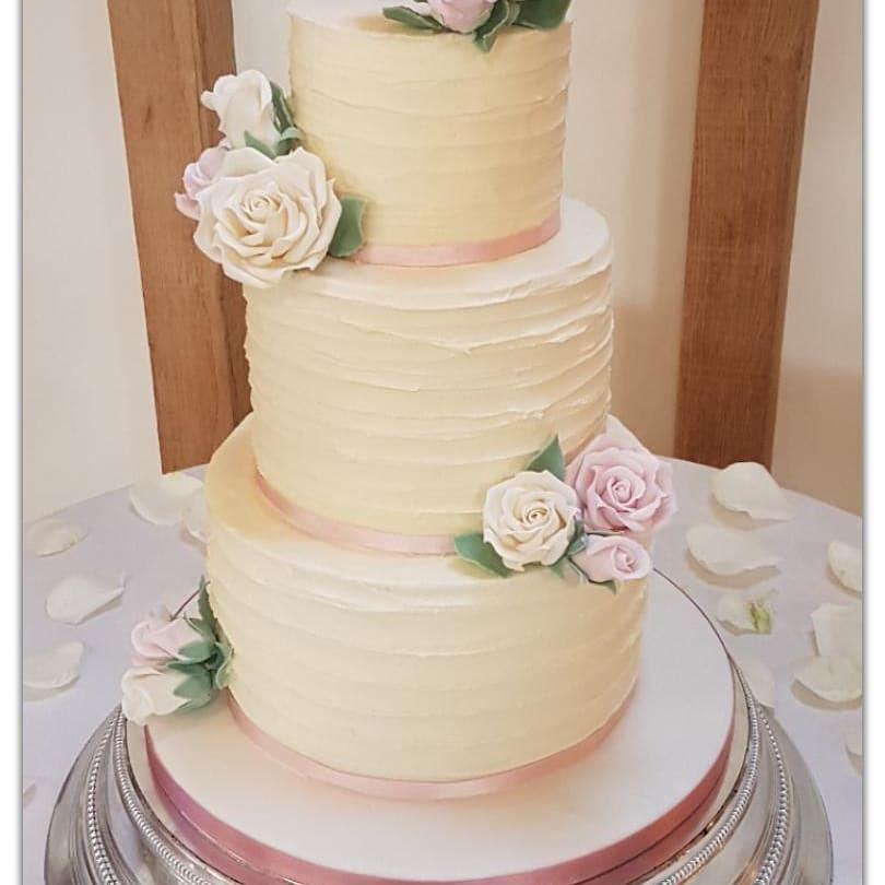 Buttercream Wedding Cakes The National Wedding Show