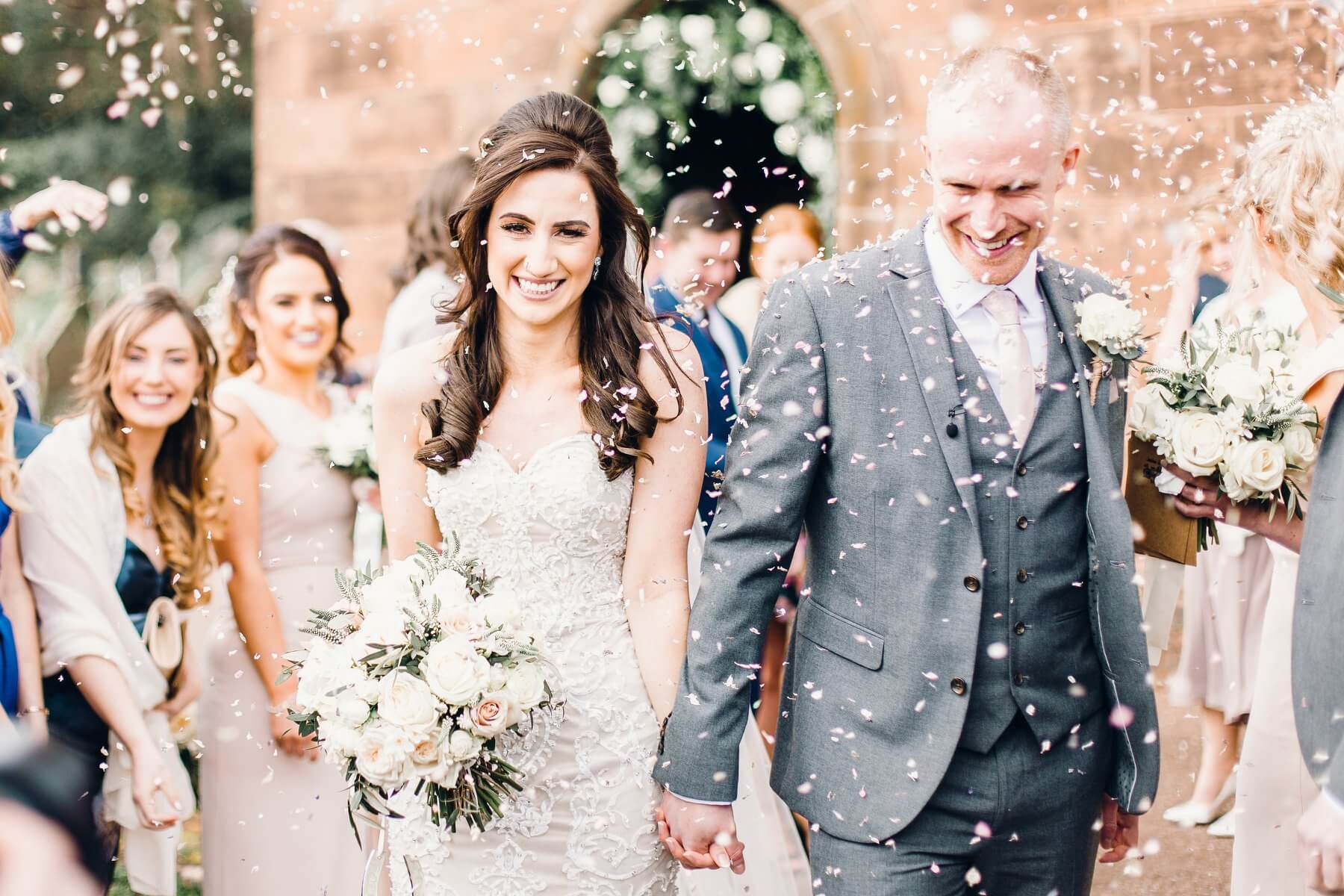 Confetti Wedding Insurance: How To Get The Perfect Confetti Photo On Your Big Day