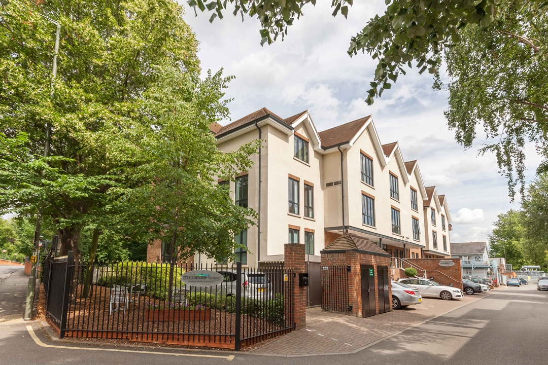 Guildford Road, KT22 - Leatherhead