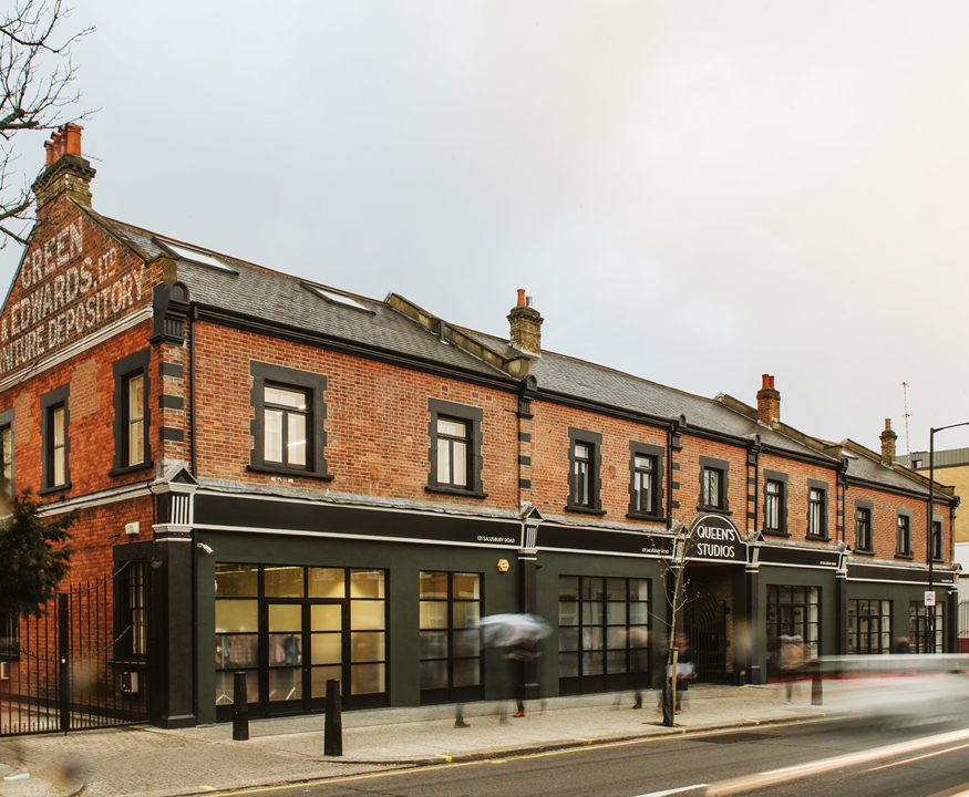 The Loft - 121 Salusbury Road, NW6 - Queens Park (Private, Coworking, Hot)