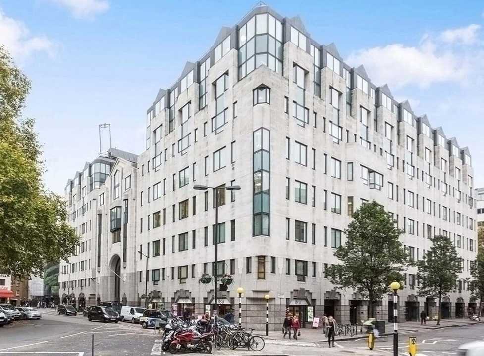Brunel Offices - Lansdowne House - 57 Berkeley Square, W1 - Mayfair (office, co-working, hot-desk)