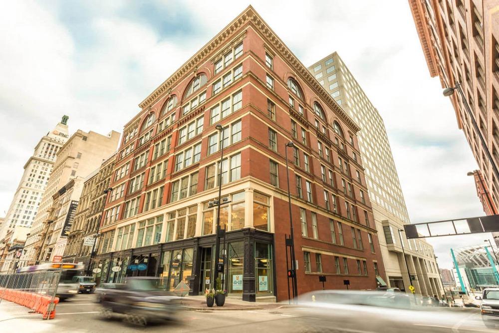 Expansive - Hooper Building - W 4th St, Cincinnati OH