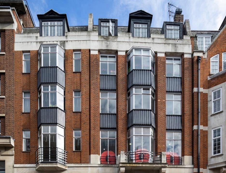 Langham Estates - 65 Margaret Street, W1W - Fitzrovia