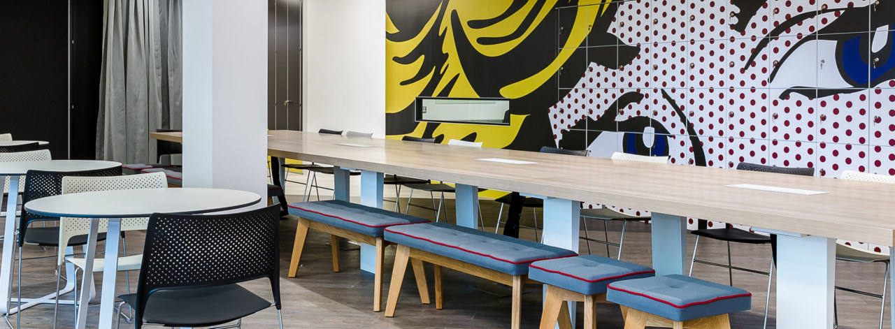 office-design-for-Rakuten-2_3840x1414_acf_cropped