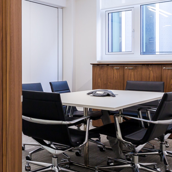 office-design-for-WhiteOak-8_1728x1728_acf_cropped
