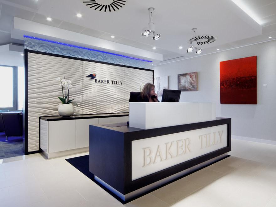 office-design-for-Baker-Tilly-Guildford-9_2640x1980_acf_cropped