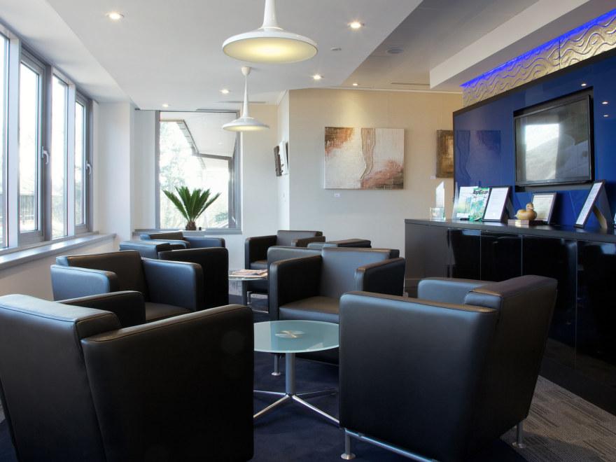 office-design-for-Baker-Tilly-Guildford-10_2640x1980_acf_cropped