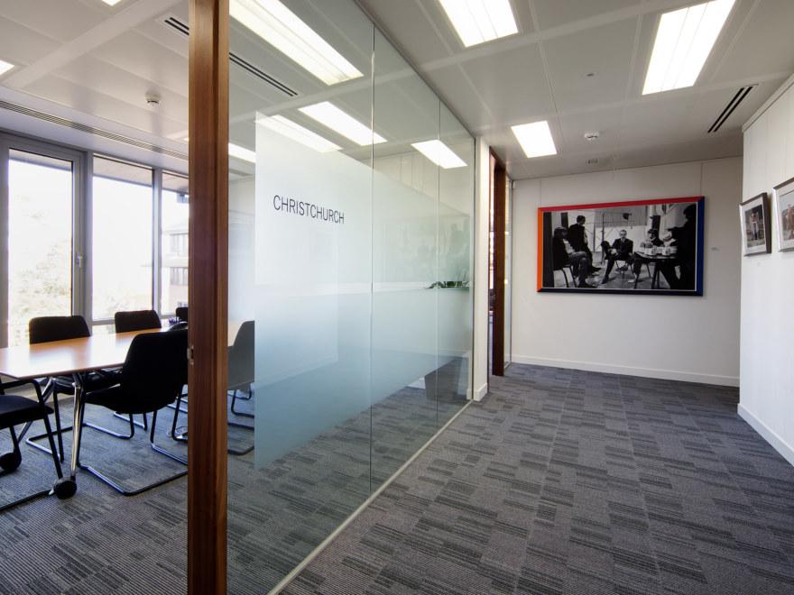 office-design-for-Baker-Tilly-Guildford-_2640x1980_acf_cropped