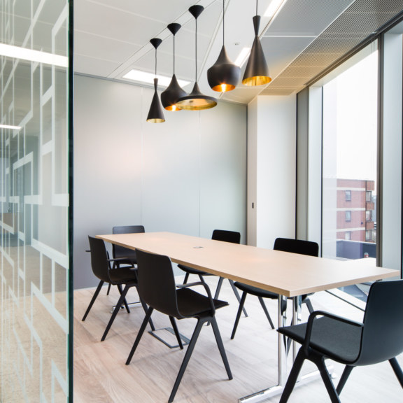 office-design-for-LonelyPlanet-2_1728x1728_acf_cropped