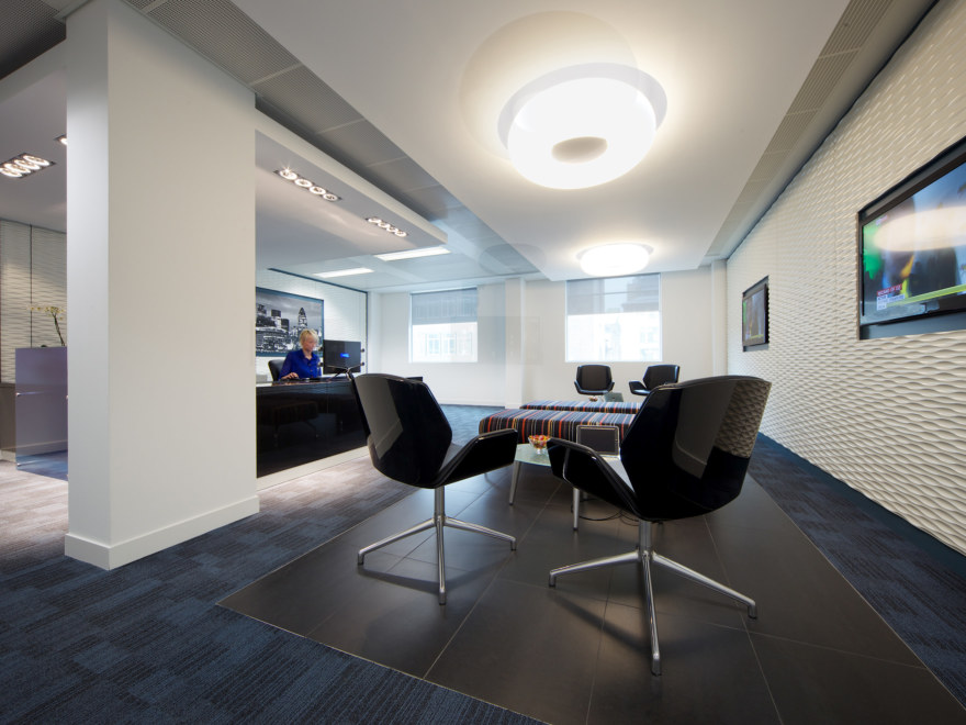 office-design-business-environments-group-1_2640x1980_acf_cropped