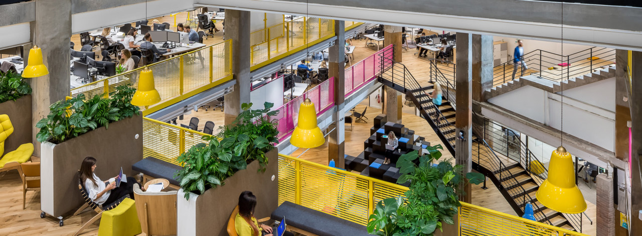 designed-to-work-02_3840x2160_acf_cropped_3840x1414_acf_cropped